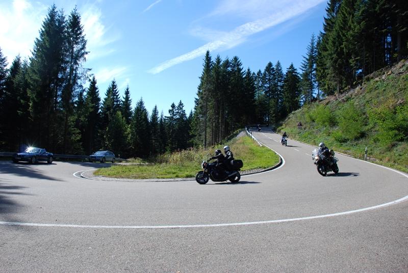 Motorrad-Arrangement  Thüringen 800x600
